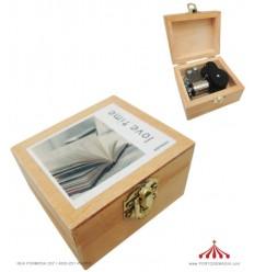 Caixa de Música em Madeira IV