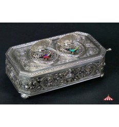 Bird Box 320 - Vintage