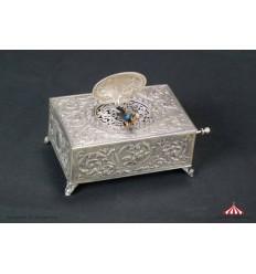 Bird Box 311 - Vintage