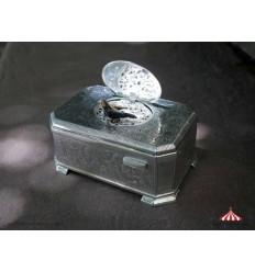 Bird Box 202 - Vintage