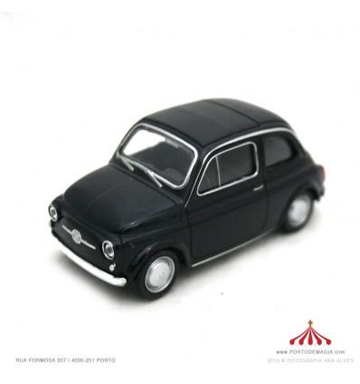 Fiat Nuova 500 preto