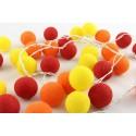 Iluminação Bolas amarelas vermelhas e laranjas
