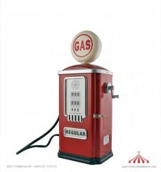Gasolineira Vermelha Pequena