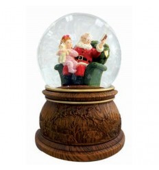 Snow globe Santa reader