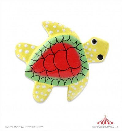Tartarugas madeira pintadas magnéticas