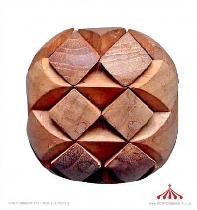 Quebra-cabeças em madeira 9cm