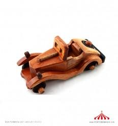 Calhambeque em madeira