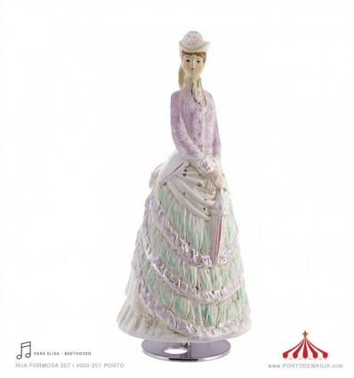 Senhora com sombrinha em Porcelana