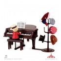 Maestro Teddy aceita pedidos ao piano
