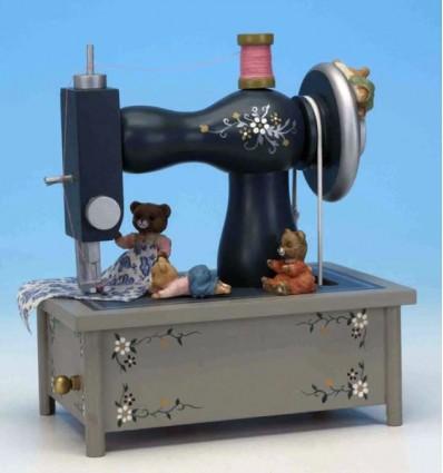 Maquina de costura em madeira